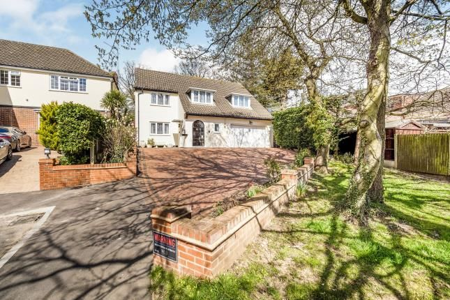 5 bed detached house for sale in Stradbroke Drive, Chigwell IG7
