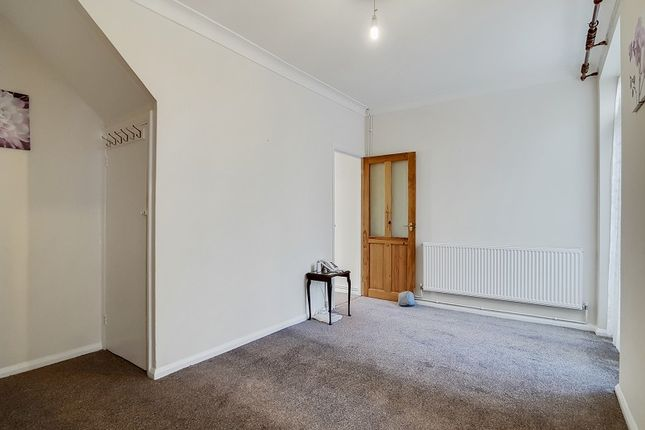 Thumbnail Terraced house for sale in Ash Road, Stratford, London.