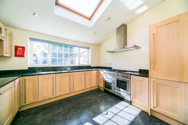 Thumbnail Detached house to rent in Makins Road, Henley-On-Thames