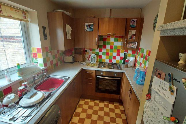 Kitchen of Blaize Place, City Gardens, Grangetown, Cardiff CF11