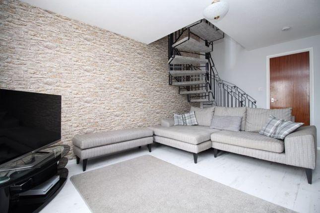 Living Room of Creedy Gardens, West End, Southampton SO18