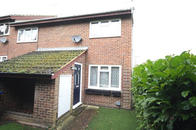 Thumbnail Terraced house for sale in Eastmead, Horsell, Woking