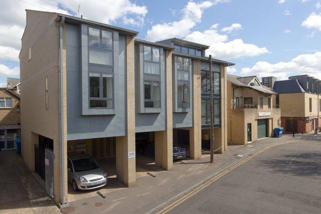 Thumbnail Flat to rent in Paradise Street, Cambridge