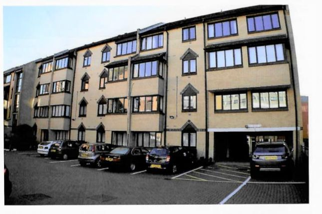 Thumbnail Flat for sale in Bread Street, Brighton