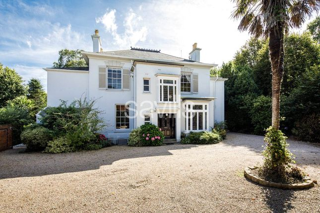 Driveway of Bagatelle Road, St. Saviour, Jersey, Channel Isles JE2