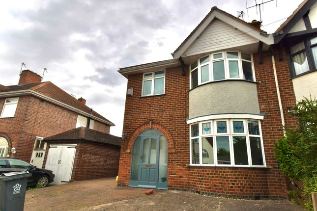 3 bed semi-detached house to rent in Peters Drive, Humberstone, Leicester LE5