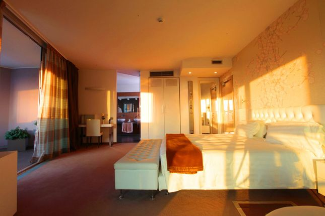Thumbnail Hotel/guest house for sale in Milan City, Milan, Lombardy, Italy