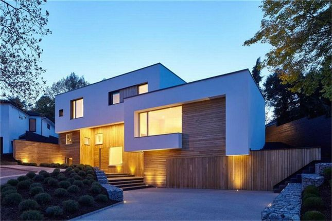 Thumbnail Detached house for sale in The Pastures, Totteridge, London