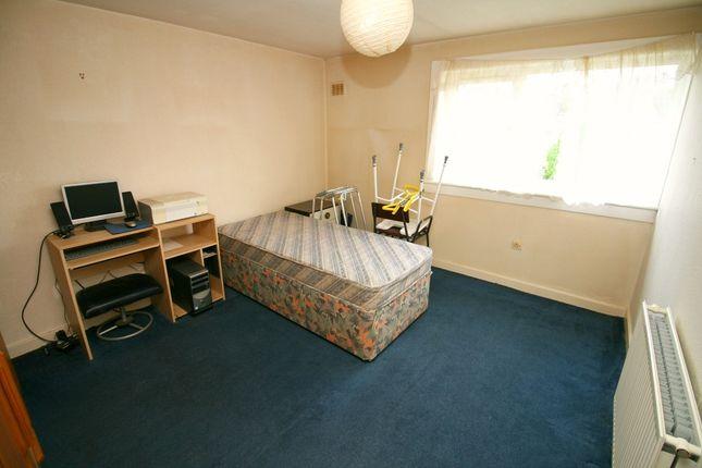 Bed 2 of Elmwood Road, Shotts ML7