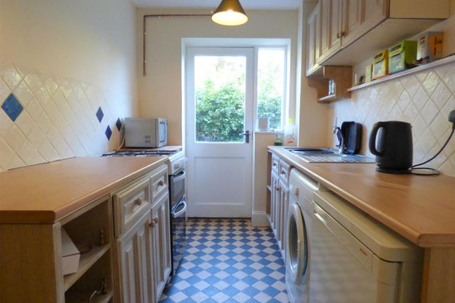 Thumbnail Property to rent in Tithe Court, Middle Littleton, Evesham
