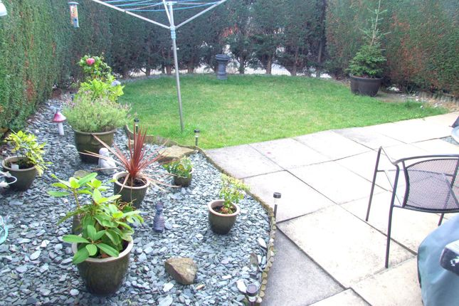 Thumbnail Town house to rent in Rufford Court, Sothall