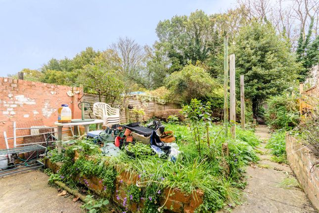 Thumbnail Property for sale in Warwick Road, Penge