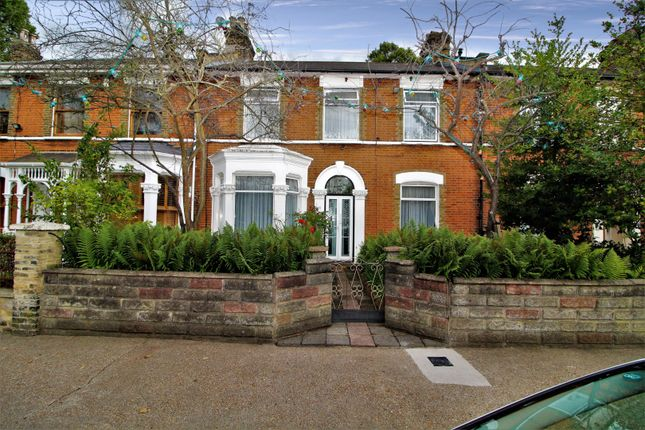 Thumbnail Terraced house for sale in Hampton Road, London