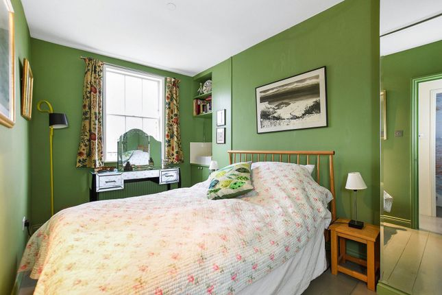 Bedroom of Western Terrace, Chiswick Mall W6