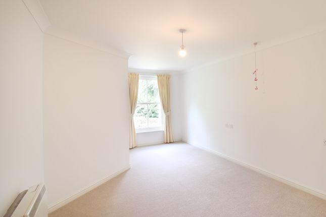 Bedroom of Glen View, Gravesend DA12
