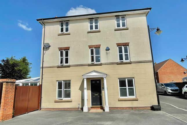 Thumbnail Town house for sale in Fern Brook Lane, Gillingham