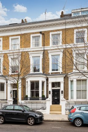 Thumbnail Terraced house for sale in Upper Addison Gardens, London