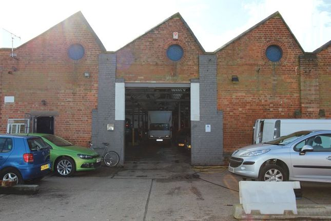 Thumbnail Property to rent in Lock Up Garage, Abbey Gate, Leicester