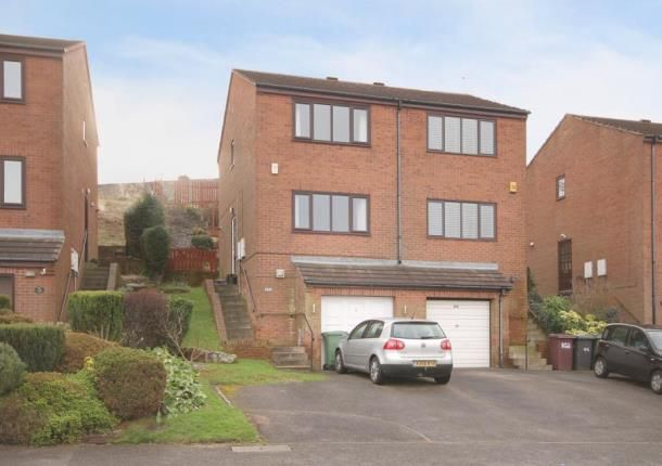 Thumbnail Town house for sale in Holmley Lane, Dronfield, Derbyshire
