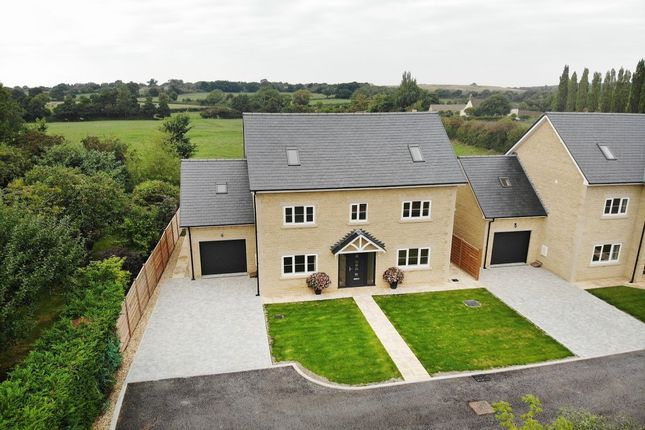 Thumbnail Detached house for sale in Quemerford Gardens, Calne