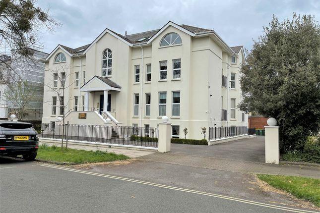 Thumbnail Flat for sale in Wellington Square, Pittville, Cheltenham