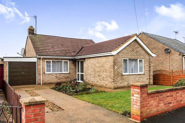 3 bed detached bungalow for sale in Upton Close, Stanground, Peterborough