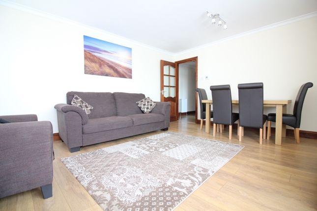Thumbnail Flat to rent in Sandown Close, Cranford