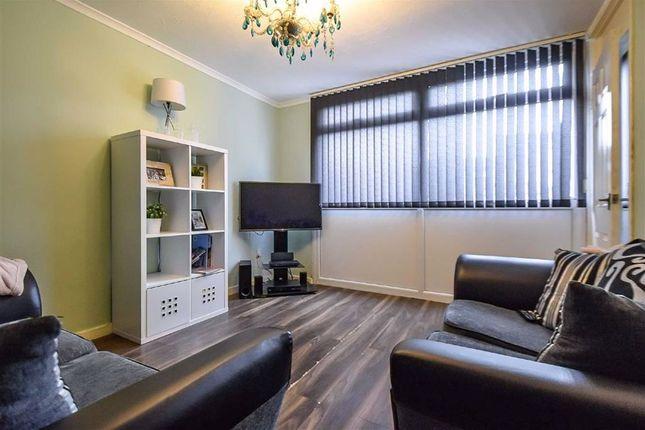 Living Room of Pitsford Close, Bransholme, Hull HU7