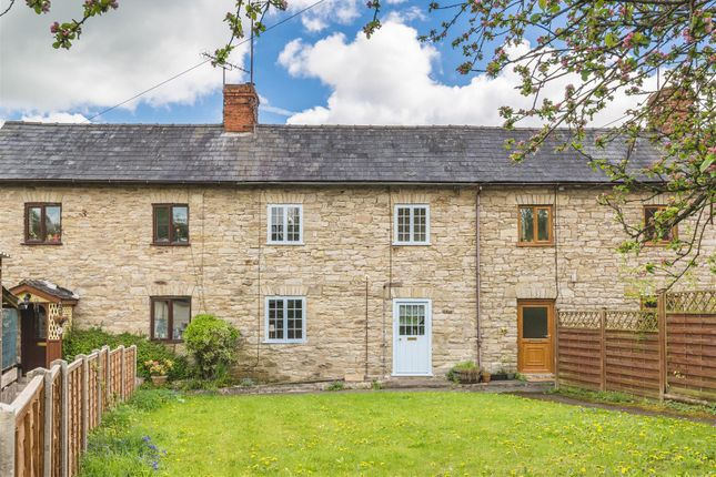 Thumbnail Terraced house for sale in Crooked Well, Kington