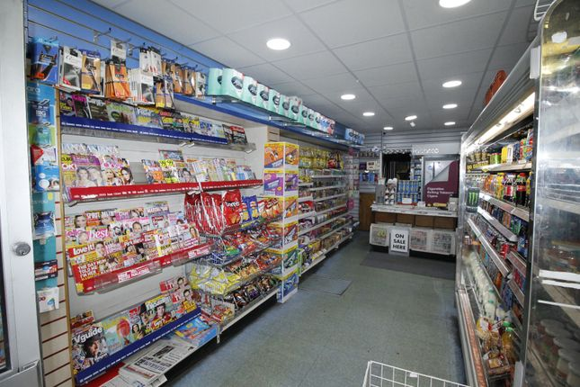 Commercial property for sale in Main Road, Sheffield