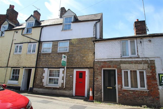 Thumbnail Terraced house to rent in Mitre Street, Buckingham