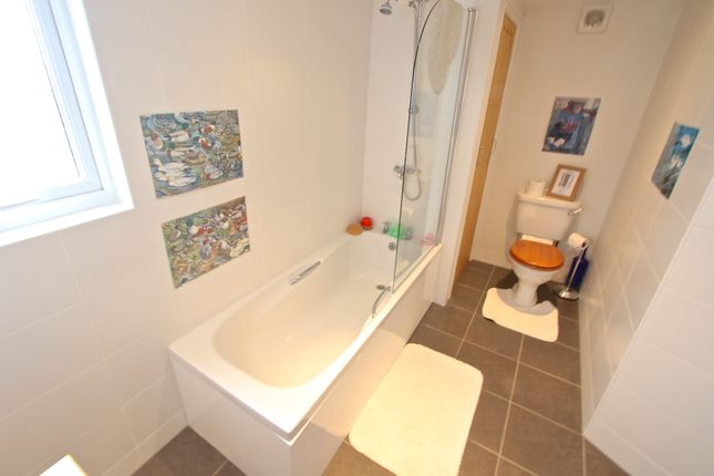 Bathroom of Exeter Road, Swanage BH19