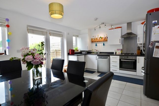 3 bed town house for sale in Varcoe Gardens, Hayes