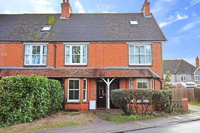 Thumbnail Terraced house to rent in Essex Street, Newbury, Berkshire
