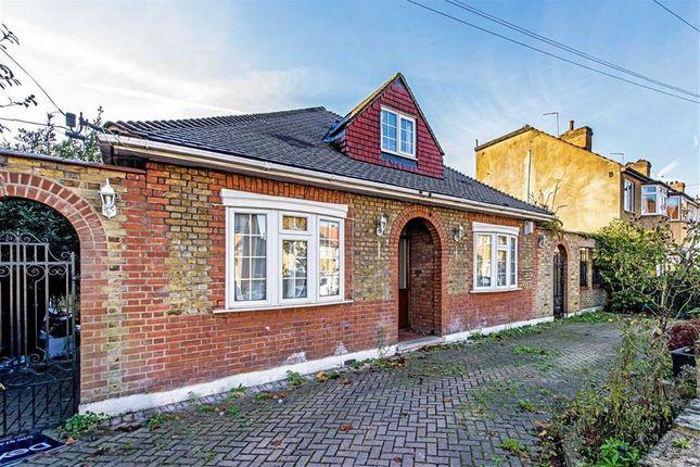 Thumbnail Bungalow to rent in Cedar Avenue, Whitton, Twickenham