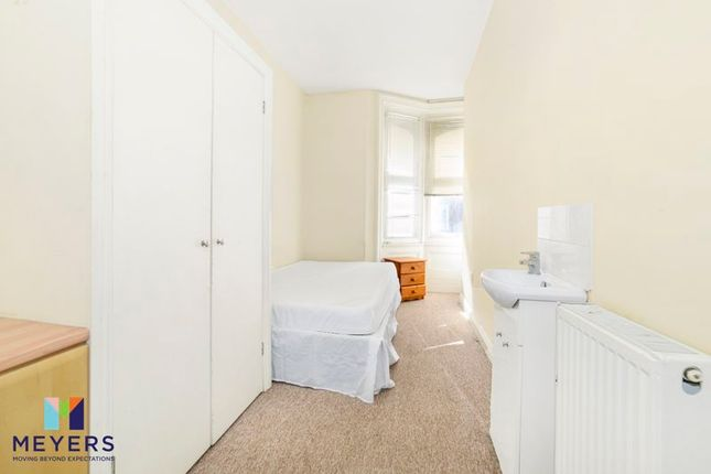 Flat for sale in 15 Holdenhurst Road, Bournemouth