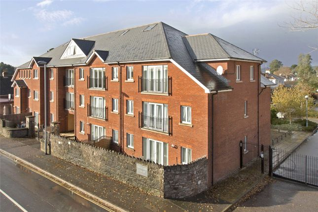 Thumbnail Flat to rent in Barrack Road, St Leonards, Exeter