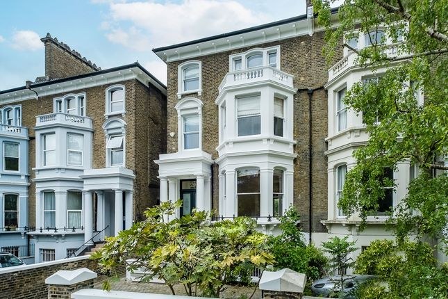 Thumbnail Flat to rent in Larkhall Rise, London