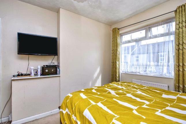 Bedroom of Kent Road, Grays RM17