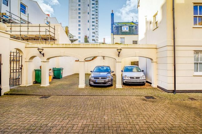 Parking of Russell Mews, Brighton BN1