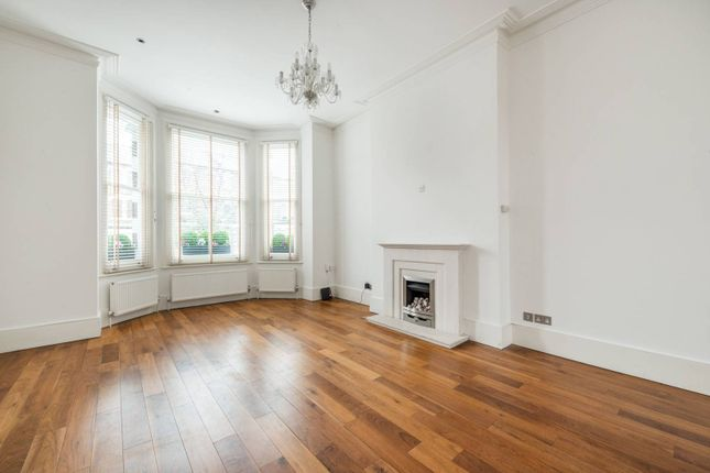 5 bed property to rent in St Lawrence Terrace, North Kensington, London W10