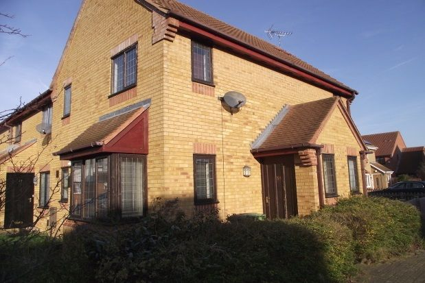 Thumbnail Property to rent in Longhedge, Caldecotte, Milton Keynes