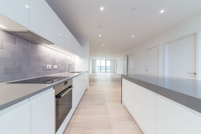Thumbnail Flat to rent in Flotilla House, 12 Cable Street, Royal Wharf, London