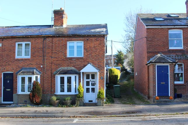 Thumbnail Cottage to rent in The Dean, Alresford, Hampshire