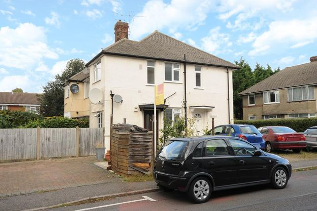 Thumbnail Maisonette to rent in Montrose Avenue, Slough