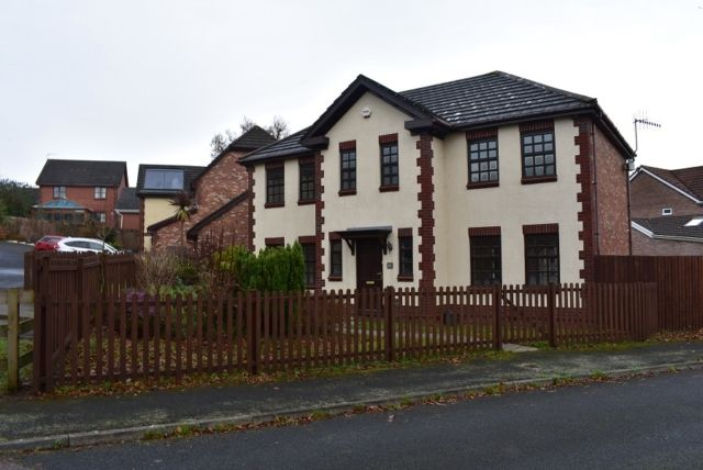 Thumbnail Detached house to rent in Masefield Way, Sketty, Swansea.