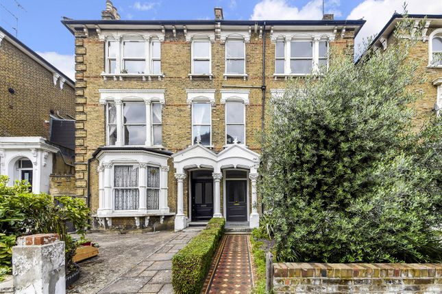Thumbnail Flat to rent in Tufnell Park Road, Tufnell Park