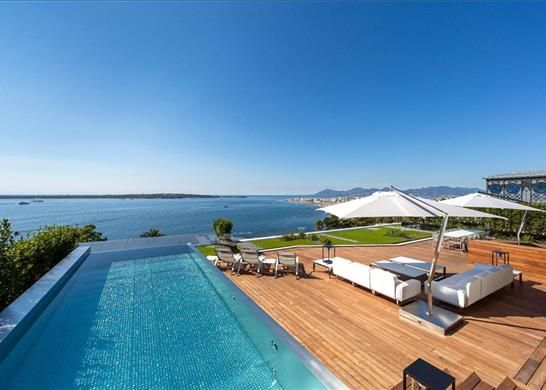 Thumbnail Apartment for sale in Cannes, France