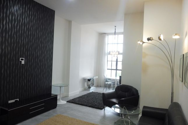 Thumbnail Flat to rent in Mount Stuart Square, Cardiff