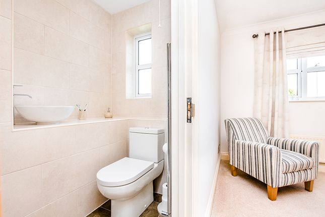 Ensuite of Ashton Close, Needingworth, St. Ives PE27